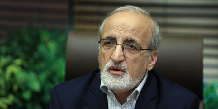 ملک زاده معاون مستعفی وزارت بهداشت به ارائه اطلاعات به بیگانگان متهم شد