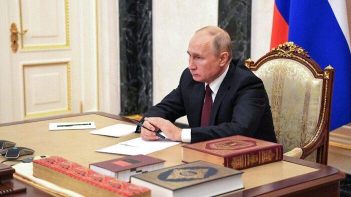 ولادیمیر پوتین قانون مصونیت قضایی خود و خانواده اش بعد از ترک کرملین را امضا کرد