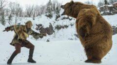 جدال وحشتناک پسر عشایر با خرس