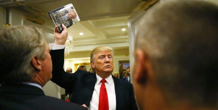 چرا کتاب خاطرات دونالد ترامپ دیوانه پرفروش خواهد شد؟