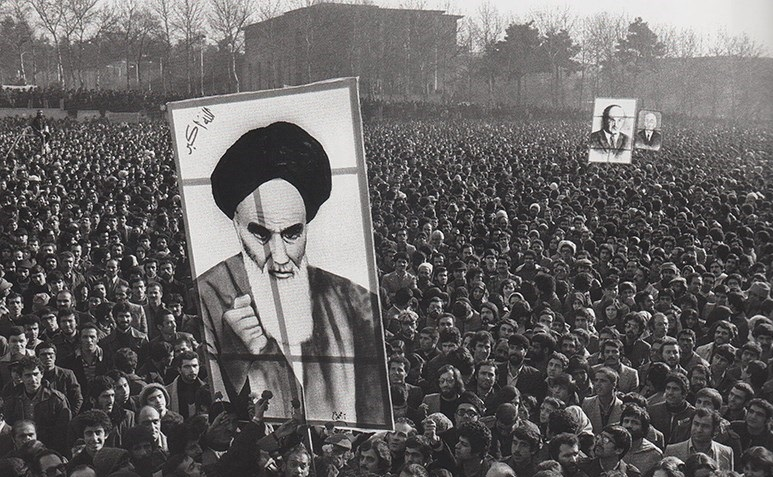 چرا انقلاب اسلامی به سرنوشت سایر انقلابها دچار نشد؟