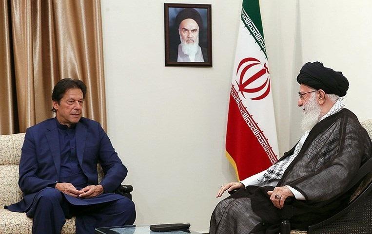 عمران خان با چه پیامی از بیت رهبری به ریاض رفت؟!