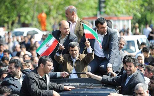 احمدینژاد، ۱۴۰۰ مردم را به پای صندوق رای میآورد