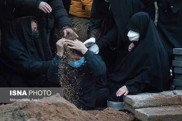 تصاویر حضور چهرهها در مراسم وداع با علی انصاریان