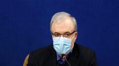 مسئولان واکسیناسیون کرونا در آبادان برکنار شدند