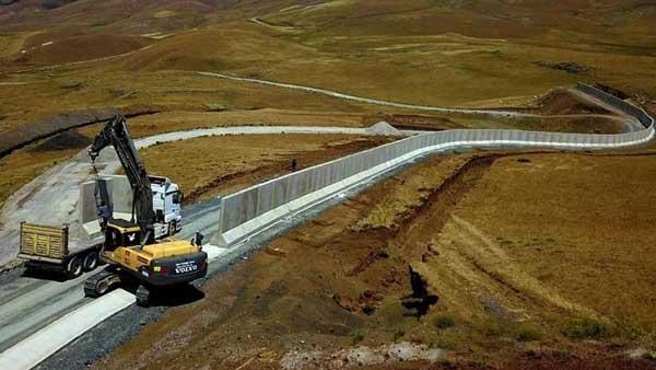 ترکیه در مرز خود با ایران دیوار بتنی میکشد