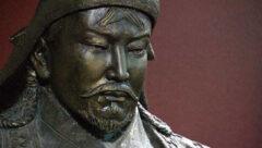 چرا چنگیز خان توانست دنیا را فتح کند؟