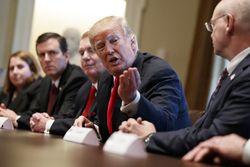 منابع امریکایی: ترامپ از ترس پاسخ ایران حمله را متوقف کرد