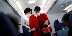توصیه به پوشیدن پوشک به مهمانداران هواپیما در چین