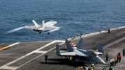 فرمانده ناوگروه آبراهام لینکلن: در چندین مورد با طرف ایرانی ارتباط داشتهایم / برخورد ایرانیها حرفهای و ایمن بوده / فعالیت قایقهای تندرو ایران همچنان ادامه دارد