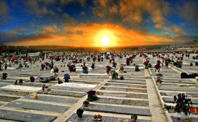آيا مردگان از ظهر پنجشنبه تا ظهر جمعه آزاد هستند و به خانواده خود سر می زنند؟
