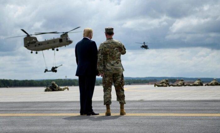 غوغای «حکومت نظامی» در آمریکا