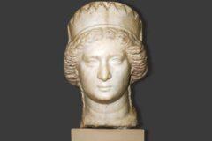 آیا خبیث ترین زن ایران باستان با پسر خودش ازدواج کرد؟