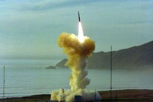 چگونه استفاده از یک پیچگوشتی باعث اولین حادثه خطرناک مربوط به بمب هسته ای شد؟