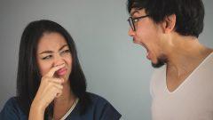 ۵ روش فوری برای از بین بردن بوی بد دهان در عرض ۵ دقیقه!