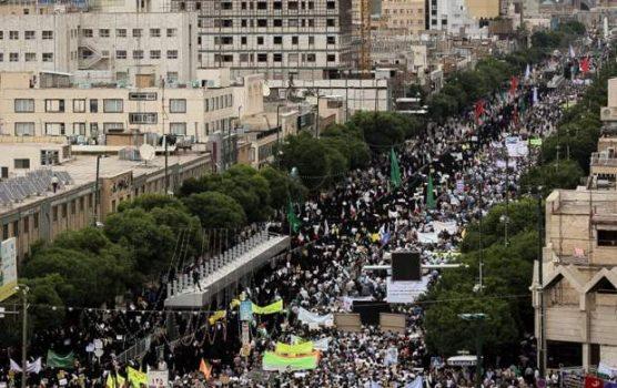 حضور دشمنشکن مردم ۹۵۰ شهر ایران در راهپیمایی روز قدس/ نه محکم مومنین روزه دار به «معامله قرن»/ حضور مسئولین لشکری و کشوری در راهپیمایی +تصاویر و فیلم