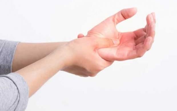 علت خواب رفتگی دستها چیست؟