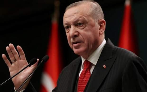 اردوغان از حساسیت شعری که خواند بیخبر بوده!