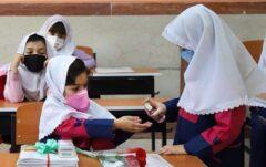 دانشآموزان ۱۲ تا ۱۸ ساله واکسن کرونا دریافت میکنند