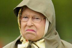 ملکه انگلیس و عادت های عجیب و غریبش