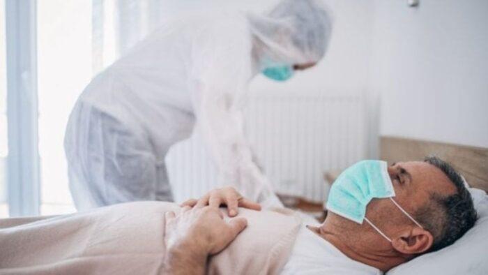 اگر از بیمار کرونایی در منزل مراقبت میکنید، بخوانید