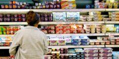 ۸ اشتباهی که هنگام خرید مواد غذایی مرتکب می شویم