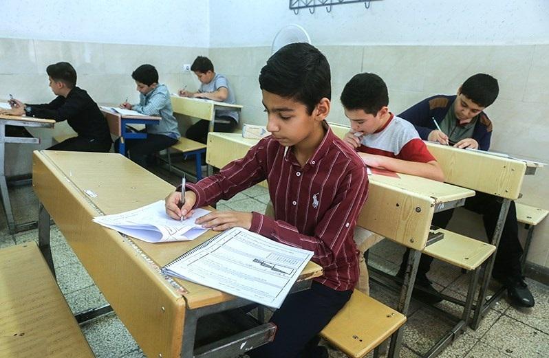 ۸ اشتباه آموزش و پرورش در برابر میلیونها دانش آموز ایرانی