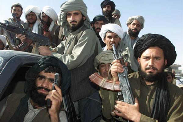 آمدنیوز نمیداند که «طالبان» با «القاعده» فرق دارد!؟