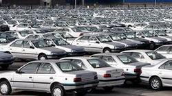 دولت تعیین قیمت خودرو را به دلالان سپرده است
