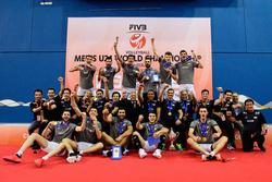 پنجهطلاییهای جوان ایران در صدر والیبال جهان