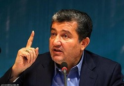 خجسته مطرح کرد: بدهی ۳۰ هزار میلیاردی ایران خودرو و سایپا به بانکها