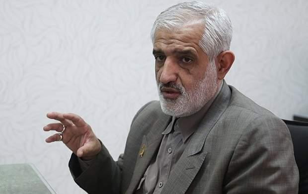 دولت روحانی هر روز برای مردم یک مشکل جدید ایجاد میکند/ این مجلس هم ضعیفتر از آن است که بتواند به موضوعات جدی بپردازد